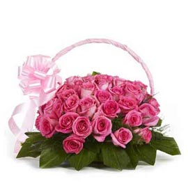 buy 30 dark Pink roses Basket Same Day Delivery
