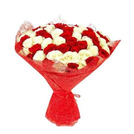 gift 50 Red n White roses jute packing Bunch 24 hrs Delivery