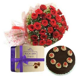 gift Online 25 Red roses Bunch, Chocolates n Cake