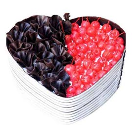 24 hrs Delivery of 1 Kg Chocolate cherry Heart Cake