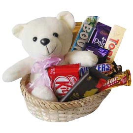 Send Online cute Teddy n Chocolate Hamper Delivery