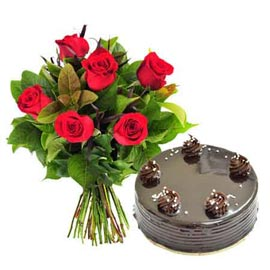 gift Online Half Kg Chocolate Cake n 6 Red roses Bunch