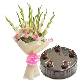 Send Midnight Half Kg Chocolate Cake n 25 mix flowers Bunch