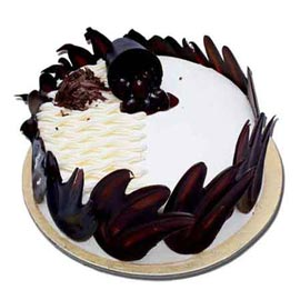 Urgent Delivery Of 1 Kg Designer Black Forest Cake