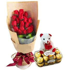 24 hrs Online Red roses, cute Teddy n Rochers Delivery