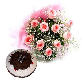 Send Online Black Forest Cake n Pink roses Bunch