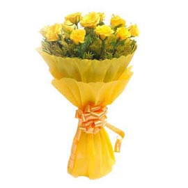 Send 10 Yellow roses paper Bunch Midnight Delivery