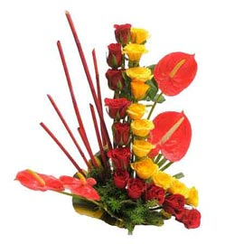 Send Anthurium n roses Basket Urgent Delivery