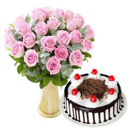 midnight Online Black Forest Cake n Pink roses in Vase