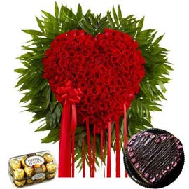 24 hrs Online Chocolates, Chocolate Chocolate Heart n Red roses Delivery