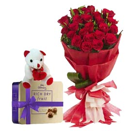 urgent Online Heart touching Teddy flowers n Chocolates