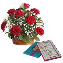 midnight Online kaju katli n Red roses Basket combo