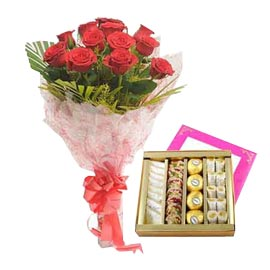 same day Online 1 Kg kaju Sweets n Red roses roses Bunch