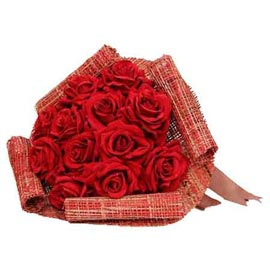 buy 20 Red roses jute packing Bunch Urgent Delivery