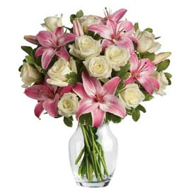 Send Pink lilies and White roses glass Vase Midnight Delivery