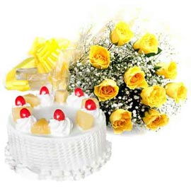 same day Online Pineapple Cake n Yellow roses Bunch