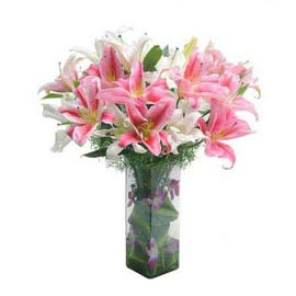 Send Pink n White lilies glass Vase Midnight Delivery