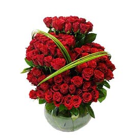 Send 100 Red roses fish bowl shape glass Vase Same Day Delivery