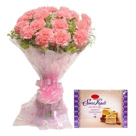 midnight Online Soan Papdi n Pink carnations Bunch