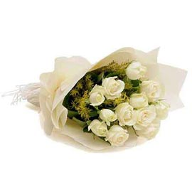 buy dozen White roses paper Bunch Midnight Delivery