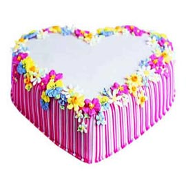 buy 1 Kg Strawberry Heart shape Cake Online Delivery