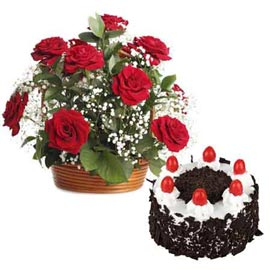 Send Online Black Forest Cake n 15 Red roses Basket