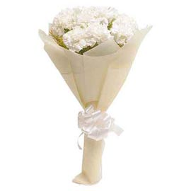 buy 10 White carnations designer Bunch Midnight Delivery
