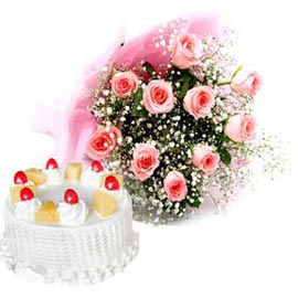 24 hrs Online Pineapple Cake n 10 Pink roses Bunch