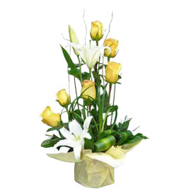 buy Yellow roses n White lilies Basket Urgent Delivery